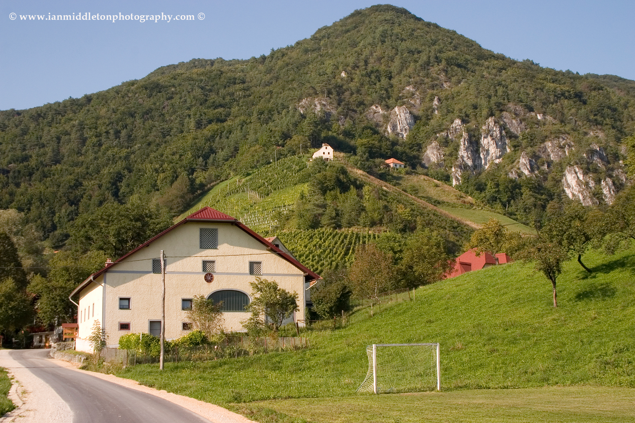 Zgorni Gabernik village with Boc hill behind.