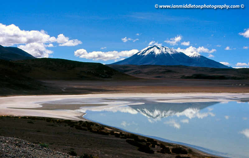 Lakes and volcanoes on the Bolivian Altiplano