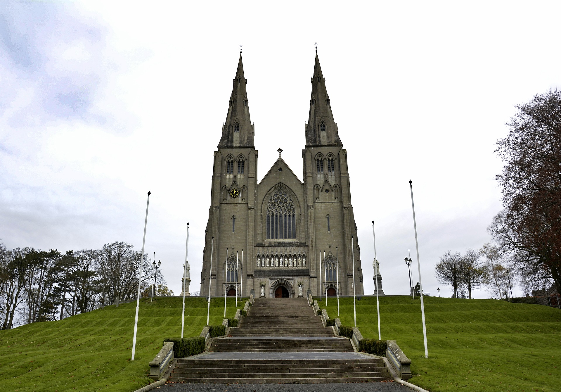 Saint Patrick's Cathedral in Armagh. Photo copyright courtesy of cathal100 https://pixabay.com/users/cathal100-6495647/